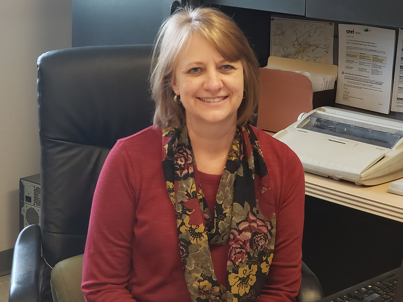 Sandra Gatto, Contractor's Machinery Office Manager-Knoxville